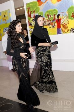 Sheikha Mozah bint Nasser Al Missned with Princess Amira al-Taweel of Saudi Arabia  #Charismatic #Fashionistas