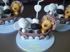 polimer clay elephant, zebra and lion Cute Polymer Clay, Polymer Clay Animals, Cute Clay, Fimo Clay, Polymer Clay Projects, Polymer Clay Charms, Clay Crafts, Fondant Cake Toppers, Fondant Figures