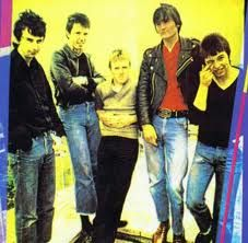 The Undertones // Teenage Kicks. My favorite song of all time. 70s Punk, The Undertones, Band Pictures, Great Albums, Joy Division, Punk Art, My Favorite Image, Punk Fashion, Vinyls