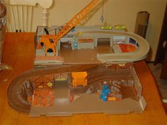 Vintage 1979 Hot Wheels Sto and Go Construction Site Playset ...