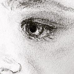 """1 likerklikk, 1 kommentarer – Elin Holm (@elinartholm) på Instagram: """"Detail #art #artwork #drawing #pencil #black #blackandwhite #tegning #portrett #kunst #detail…"""""""
