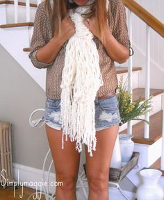 How to Arm Knit - 30 Minute Fringe Scarf - The Original Tutorial - with ...
