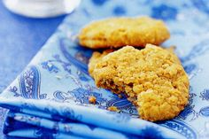 Commemorate Anzac Day with these traditional biscuits which can be made chewy or crisp.