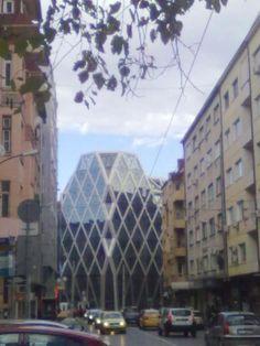 Palazzi come Cristalli di Roccia  (the Ravoski Business Center)