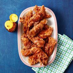Nashville Fried Chicken Fingers - Rachael Ray Every Day Samosas, Empanadas, Nashville Fried Chicken, Chicken Finger Recipes, Buffet, Chicken Kitchen, Chicken Fingers, Turkey Dishes, Yum Yum Chicken