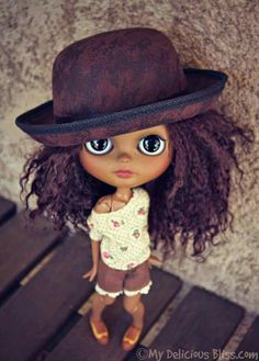 Natural hair dolls for girls get one for your daughter so she won't grow up hating her natural beauty ... http://www.mydeliciousbliss.com/?m=1