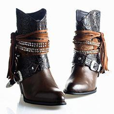 1000 id es sur le th me bottes western de femmes sur pinterest style de bottes bottes western. Black Bedroom Furniture Sets. Home Design Ideas