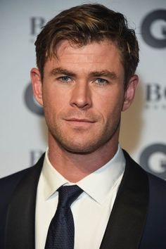 Chris Hemsworth attends the GQ Men of the Year awards. Hugo Boss, Hemsworth Brothers, Chris Hemsworth Thor, The Mighty Thor, Gq Men, People Magazine, Hollywood Actor, Most Beautiful Man, Sexy Men