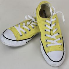173fa1f5ea612 Converse All Star Shoes Yellow Canvas Men s 8 Women s 10 Low Cut Lace Up  Excellent Condition Unisex