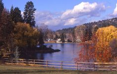 Bend Oregon's Drake Park - westerntravelbuddy.com