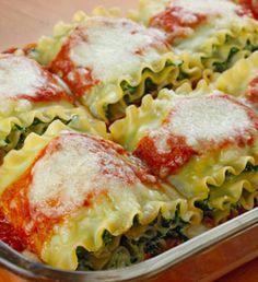 Spinach Lasagna Rolls!! This looks sooo delicious!!!! |skinnytaste.com