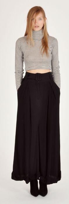 Edith A. Miller Metallic Stripe Crop Turtleneck & Shakuhachi Baggy Pleats Long Pant