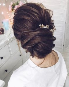 Tonya Pushkareva Long Wedding Hairstyle for Bridal via tonyastylist / http://www.himisspuff.com/long-wedding-hairstyle-ideas-from-tonya-pushkareva/