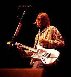 Kurt & his Fender Mustang.......