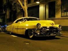 '53 Cadillac for some reason it says cuba to me
