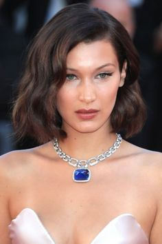 The best makeup and hairstyle ideas to try from Cannes Film Festival 2017: Bella Hadid