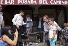 Nuestros políticos necesitan mejores fotos / @borjaventura + @yorokobumag | #socialpolitics
