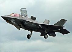 "Lockheed Martin F-35B Lightning II  16-8726 'VM-18' VMFAT-501 ""Warlords"" United States Marine Corps"