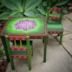Love the lotus flower on the table, and the way the paint looks lighter around it (or is that a light directed at the middle of the table?)