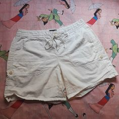 e167b29d75083 Tommy Hilfiger White Shorts *missing back button, as seen in last pic BLACK  FRIDAY/CYBER MONDAY SALE!! EVERYTHING $5 AND BELOW!! (11/22-11/26) #summer