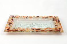 Bandeja rectangular chica en vitrofusión Fused Glass, Glass Art, Tray, Articles, House Design, Ideas, Home Decor, Stained Glass Crafts, Soap Dishes