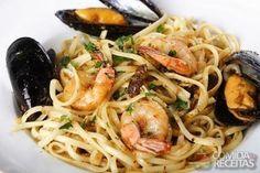 Receita de Frutos do mar à napolitana em receitas de crustaceos, veja essa e outras receitas aqui!