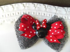I am making these for a friends birthday favor! Who doesn't love a Minnie/ Mickey themed party!   https://www.facebook.com/JackNLil    www.etsy.com/shop/JacknLilAccessories