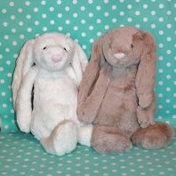 Super soft bunnies - perfect to help soothe your little one to sleep at night Baby Sleep, Educational Toys, Baby Toys, Bunnies, Teddy Bear, Night, Animals, Animales, Animaux