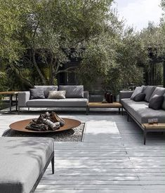 Inside Out Customise your own unique outdoor space by combining with coordinating Gloster lounge furniture to complete the look in style. The post Inside Out appeared first on Outdoor Ideas. Backyard Seating, Outdoor Seating, Outdoor Spaces, Backyard Retreat, Outdoor Lounge Sets, Backyard Landscaping, Cosy Lounge, Backyard Pergola, Pergola Ideas