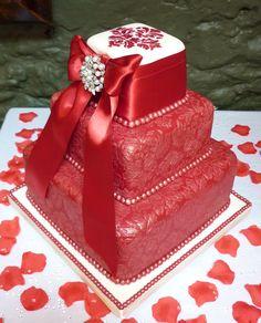 3-Tier Red & Ivory Damask Vintage Style Wedding Cake