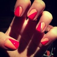 I like the idea of splitting the nail like this.