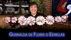 Guirnalda de Flores o Estrellas Origami Facilisimos Christmas Tree Ornaments, Xmas, Paper Backdrop, Paper Decorations, Photo Booth, Garland, Backdrops, Paper Crafts, Rose