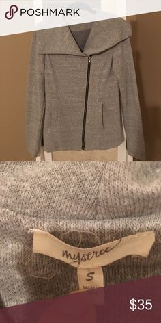 Mystery Asymmetrical Knit Jacket Cute, asymmetrical kit jacket/sweatshirt, size small. Warm and cozy. Perfect for cool spring or fall days. Worn once. Mystree Jackets & Coats