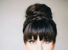 Découvrez nos coiffures adaptées au sport. Focus : la frange Trouvé sur hairfinity.com