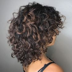 Shaggy Layered Cut For Thick Curly Hair Thin Curly Hair, Colored Curly Hair, Curly Hair Tips, Curly Hair Styles, Wavy Hair, Shaggy Curly Hair, Curly Girl, 3c Hair, Round Face Curly Hair
