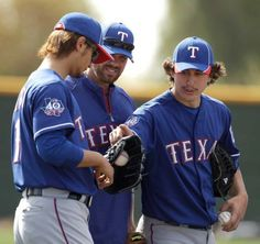 What happened to Derek Holland's Head? Discuss. http://aeryssports.com/big-game-claws/derek-what-did-you-do-to-your-head/