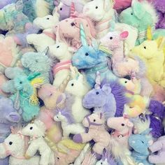 Find images and videos about pastel, rainbow and unicorn on We Heart It - the app to get lost in what you love. I Am A Unicorn, Unicorn Store, Magical Unicorn, Rainbow Unicorn, Alluka Zoldyck, Unicorns And Mermaids, Pokemon Fusion, Plushies, Dragons