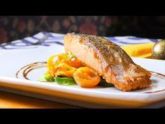 Salteado de verduras y salmón con reducción de vinagre balsámico - YouTube