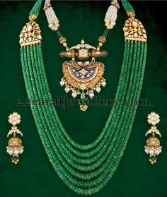 Image from http://3.bp.blogspot.com/-QVmerd3IaAg/VY9Q8glbFwI/AAAAAAACjcw/B6MOv-lYeb4/s1600/emerald-beads-long-set-with-jhumkas.jpg.