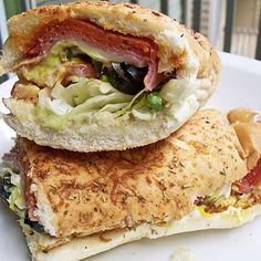 Salt Shockers: Worst Fast-Food Meals for Sodium Subway Sandwich, Good Food, Yummy Food, Fast Food Restaurant, Looks Yummy, Copycat Recipes, Salmon Burgers, Sandwiches, Favorite Recipes