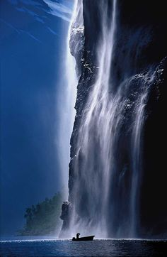 The Seven Sisters waterfall Geiranger, Norway Places Around The World, The Places Youll Go, Places To See, Around The Worlds, Lofoten, Beautiful Waterfalls, Beautiful Landscapes, Famous Waterfalls, Wonderful Places