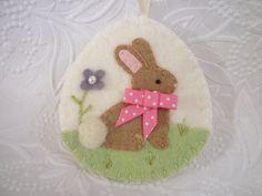 Easter Ornament Bunny Egg Felt Decoration Penny Rug Wool Applique Easter Bunny Rabbit pennysbykristie