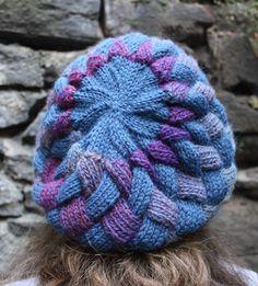 entrelac beret