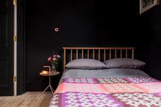 Black wall - dark bedroom - wood -Architecture-for-London-Islington-flat-9a - Design Milk