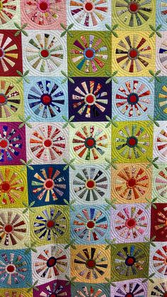 Tokyo Quilt Festival by mollystevens. Circle Quilts, Lap Quilts, Scrappy Quilts, Quilt Blocks, Dresden Plate Patterns, Dresden Plate Quilts, Quilt Patterns, Quilting Projects, Quilting Designs