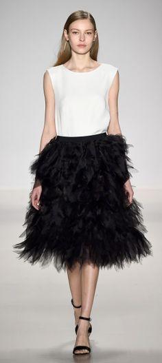 NY-Mercedes-Benz Fashion Week-Tadashi Shoji