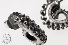 Créoles sur clous poulpe, octopus. Moulages, Argent 925. Magic Tricks, Charcuterie, Silver Rings, Wedding Rings, Engagement Rings, Jewelry, Teeth, Spikes, Bijoux
