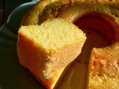 Toda vez que quero fazer um bolo de milho, já sei onde procurar: no Na Minha Panela, of course =) Graças a Deus, Cami e Rafa não tiraram o mega acervo de receitas que eu amo do ar, então nem me preocu