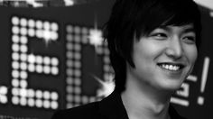 Korean Actor Lee Min Ho. Donates $90,000.00 to Nepal for relief.