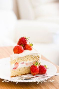 dailydelicious: Strawberry shortcake: It's summer time!